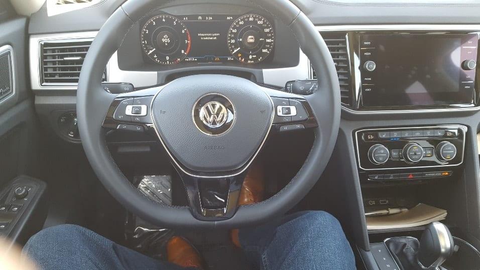 2018 Volkswagen Atlas cockpit