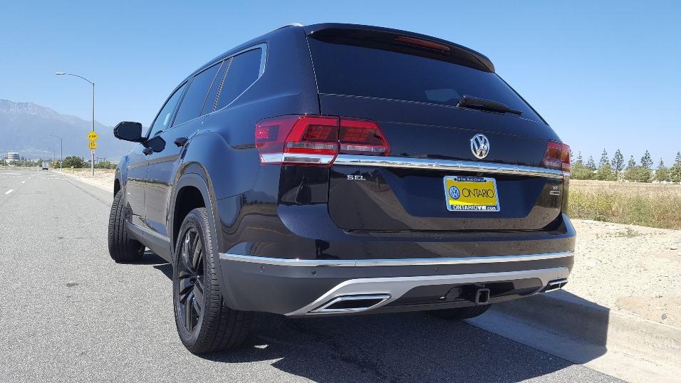 2018 Volkswagen Atlas driver rear
