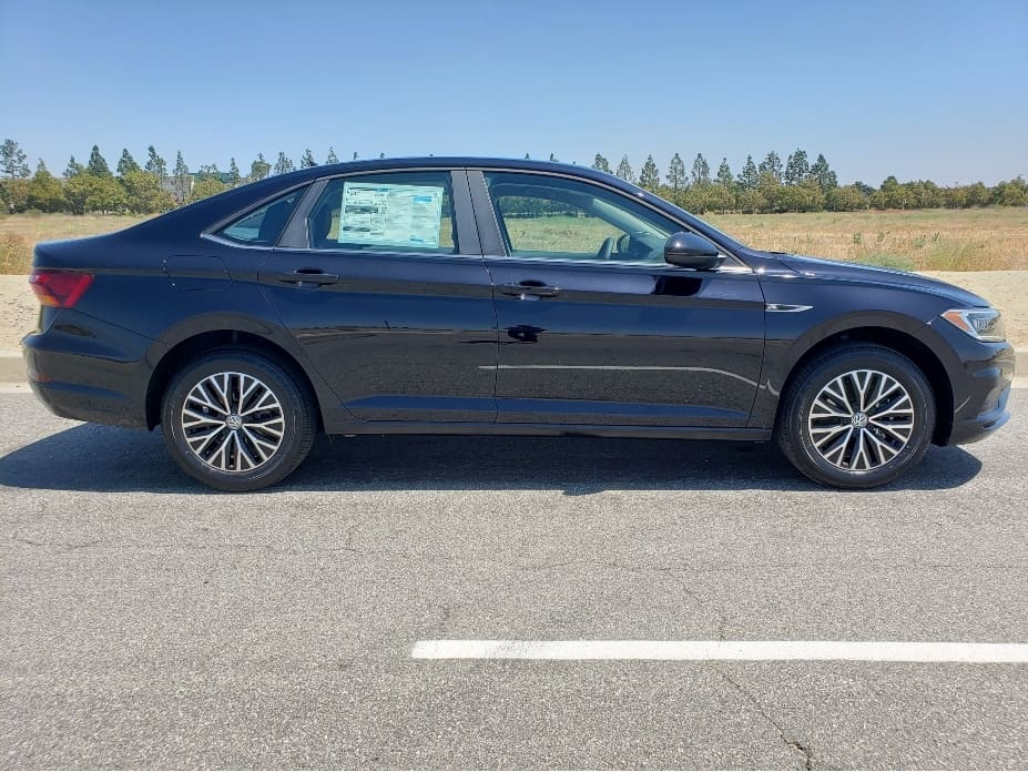 2019 Volkswagen Jetta passenger profile