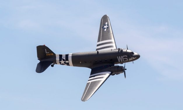 Lyon Air Museum – Greatest Generation Tribute