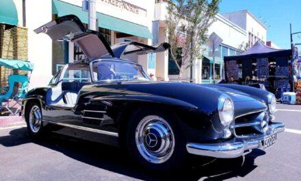 Cruz'n for Roses Car Show   Pasadena Auto Show