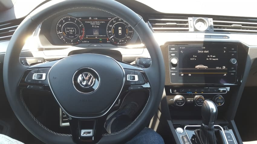 Interior 2019 VW Arteon dashboard
