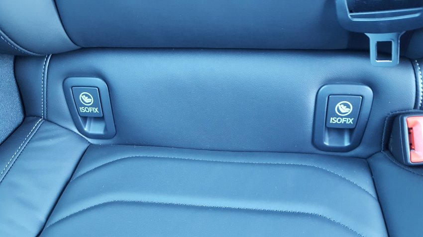 2019 Volkswagen Arteon child safety seat latches