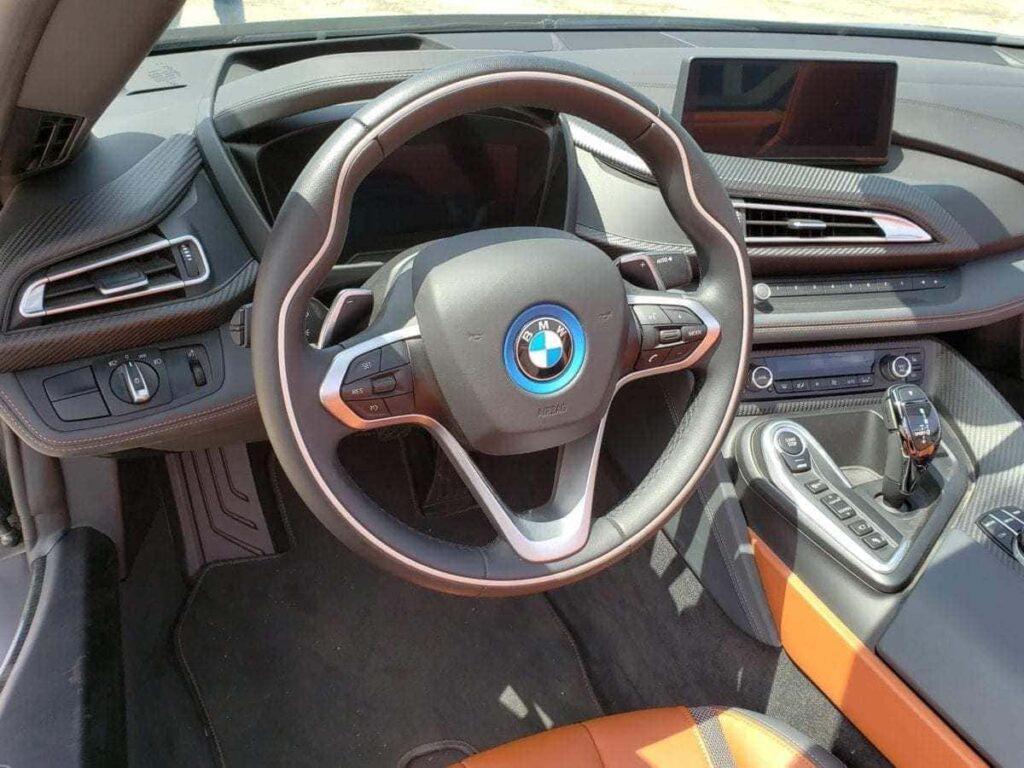 Cockpit of the BMW i8 Roadster
