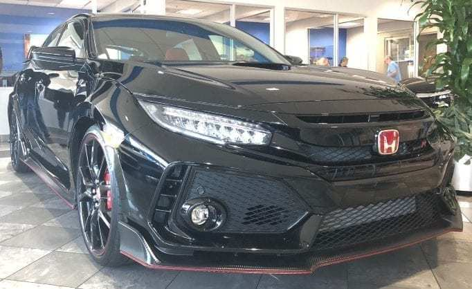 Black 2018 Honda Civic Type R Passenger-side Front-view