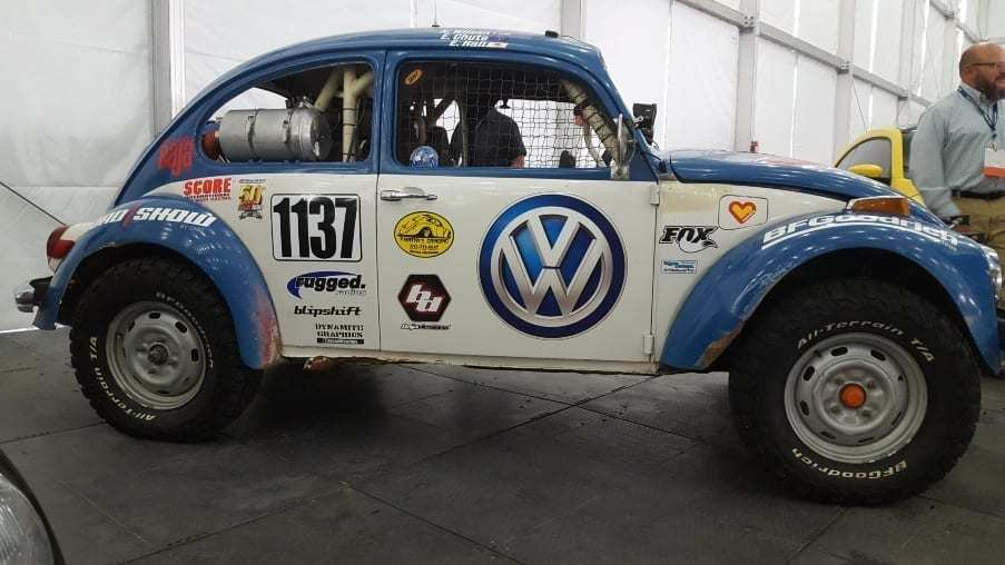 Blue & white VW Beetle off-road racer profile