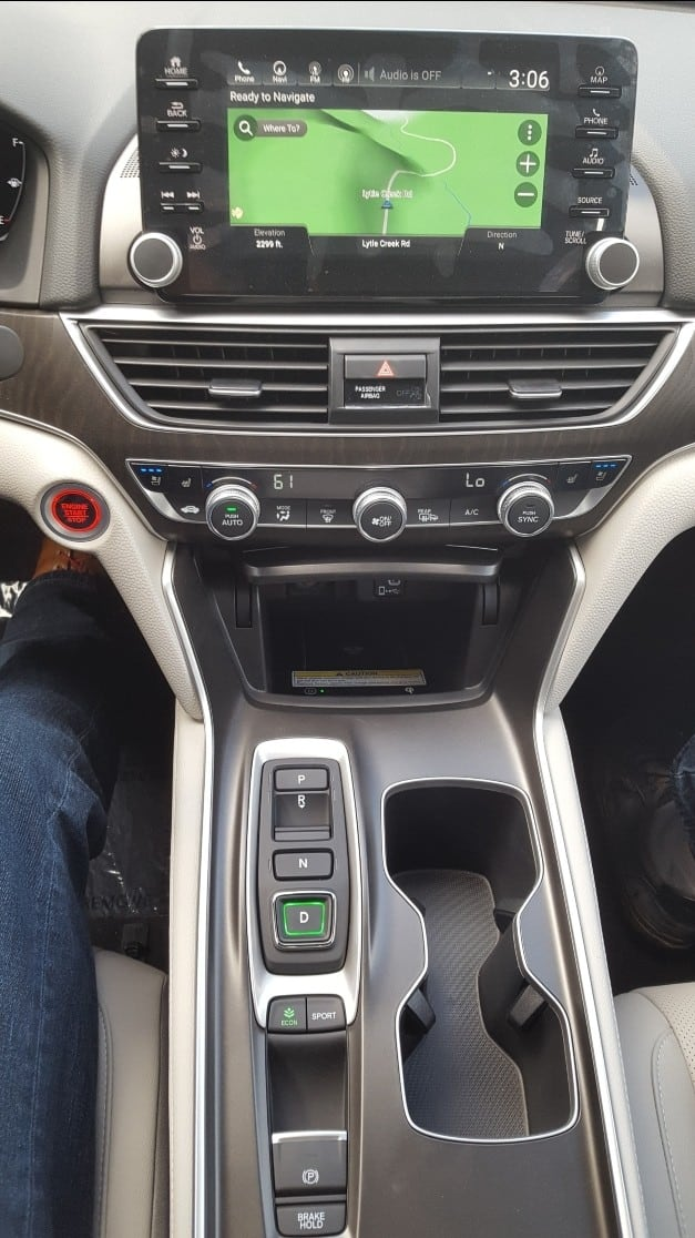 2019 Honda Accord center stack & shifter buttons