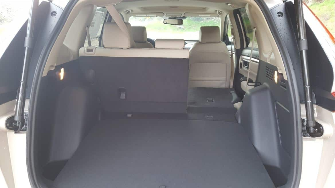 Interior 2019 Honda CR-V rear seat fold
