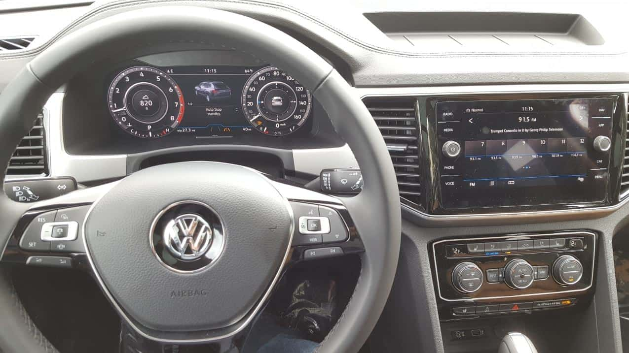 2019 VW Atlas dash