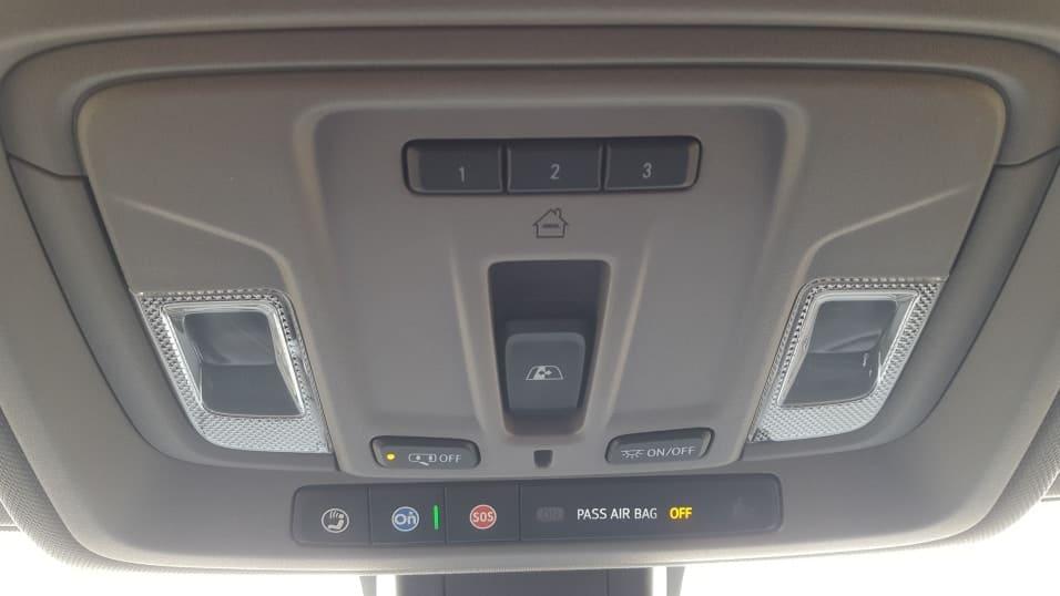 Gray 2019 Chevy Silverado 1500 Onstar & overhead controls