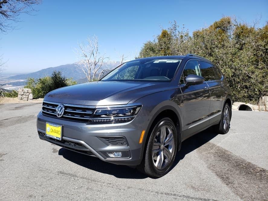 Gray 2019 VW Tiguan driver front
