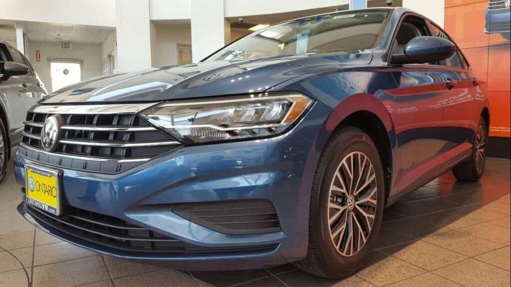 Blue 2019 Volkswagen Jetta