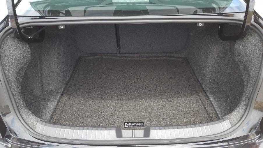 '19 VW Jetta GLI 35 trunk