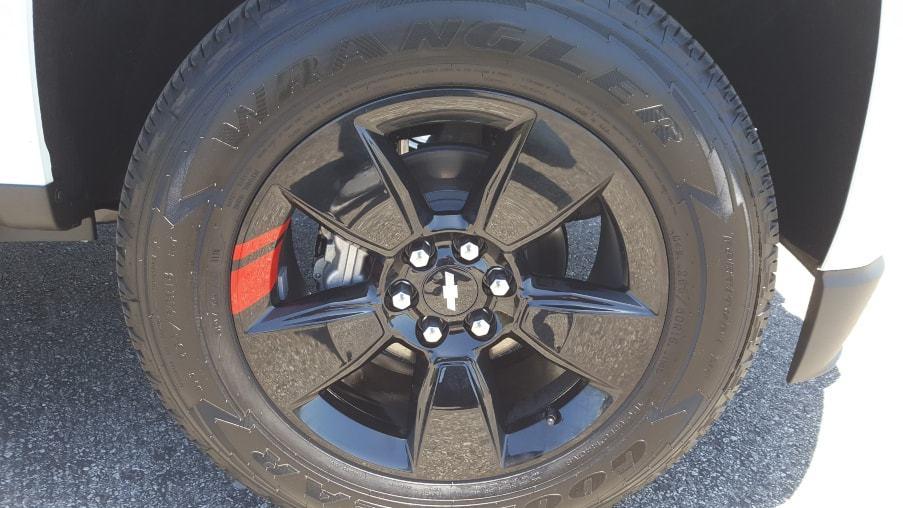 Black Redline wheel