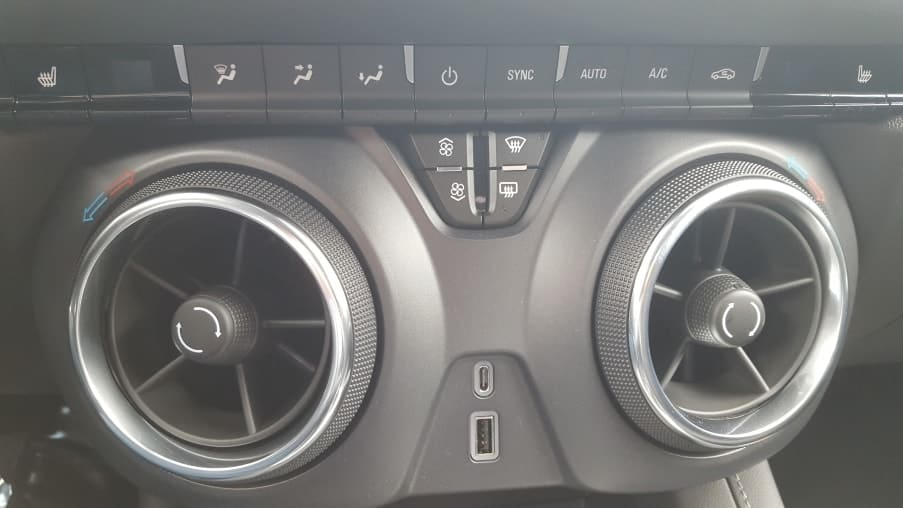 Gray 2019 Chevy Blazer circular vents