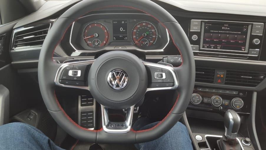2019 Volkswagen Jetta GLI 35 dashboard