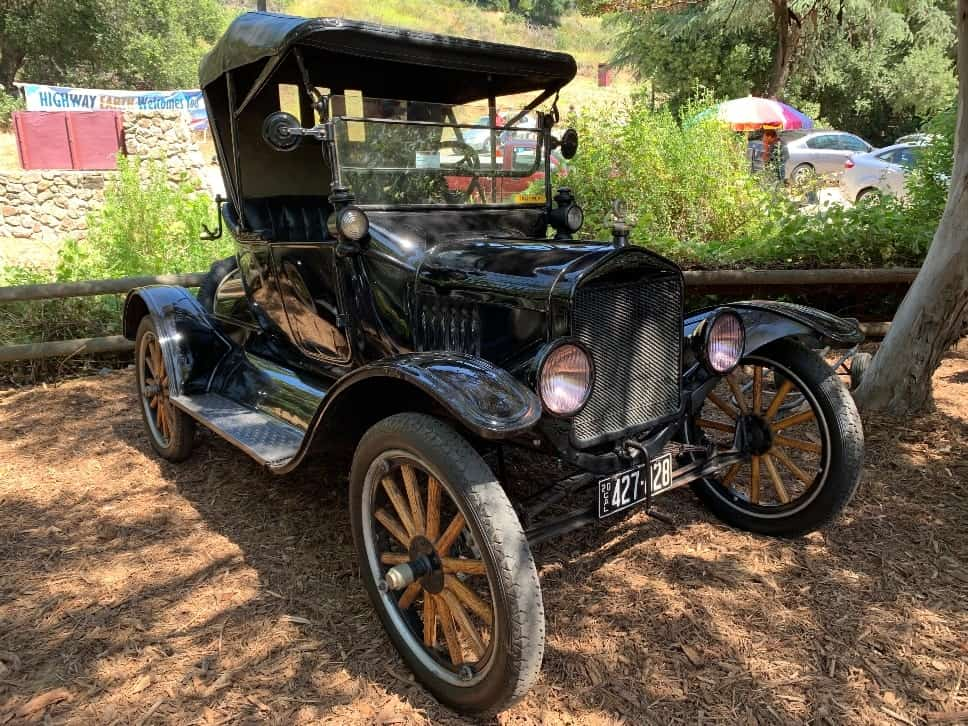 1919 Ford.