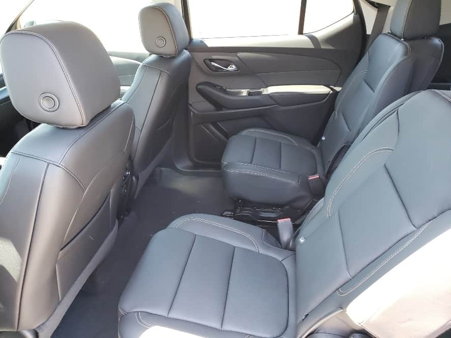 2nd row captains chairs in the 2019 Chevy Traverse