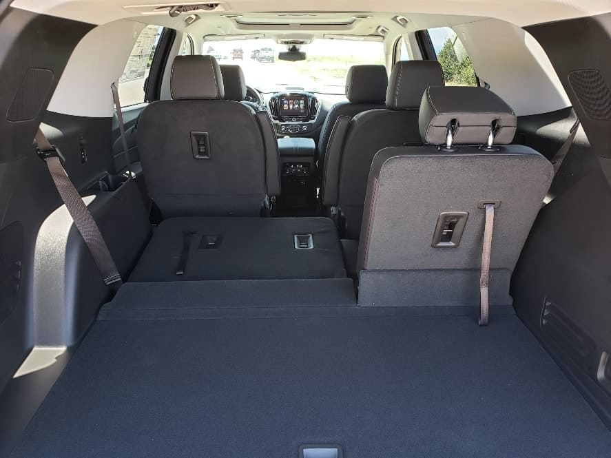 2019 Chevy Traverse review cargo area w/3rd row partially down