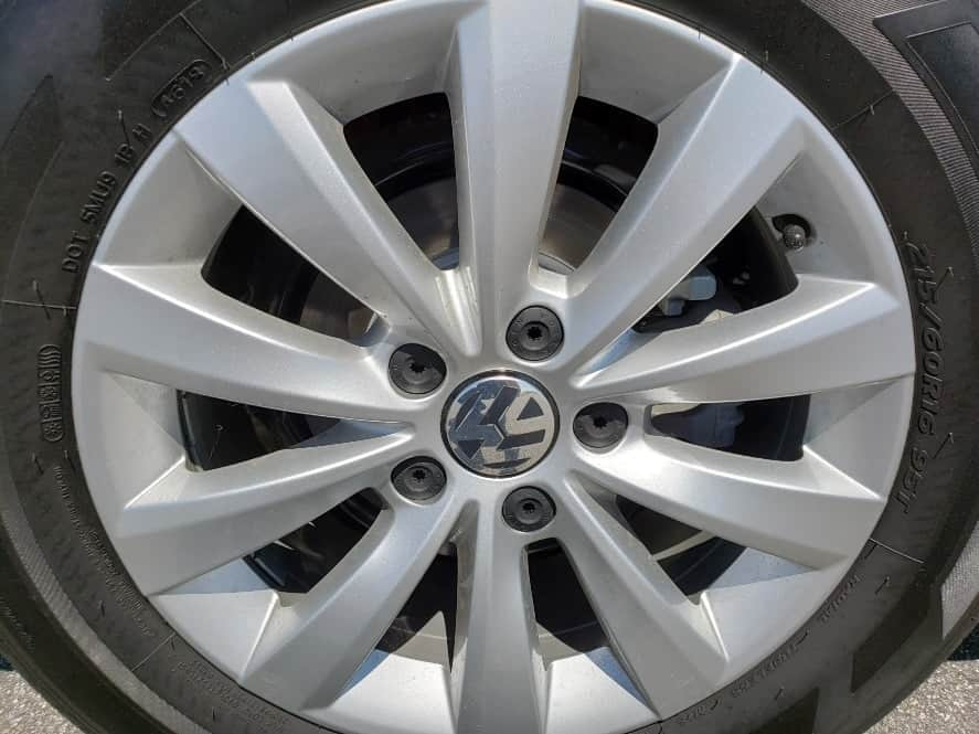 2019 Volkswagen Beetle wheel