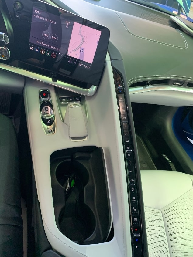 2020 Chevrolet Corvette Stingray center console and stack
