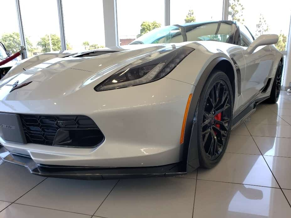 White 2019 Chevy Vette Z06