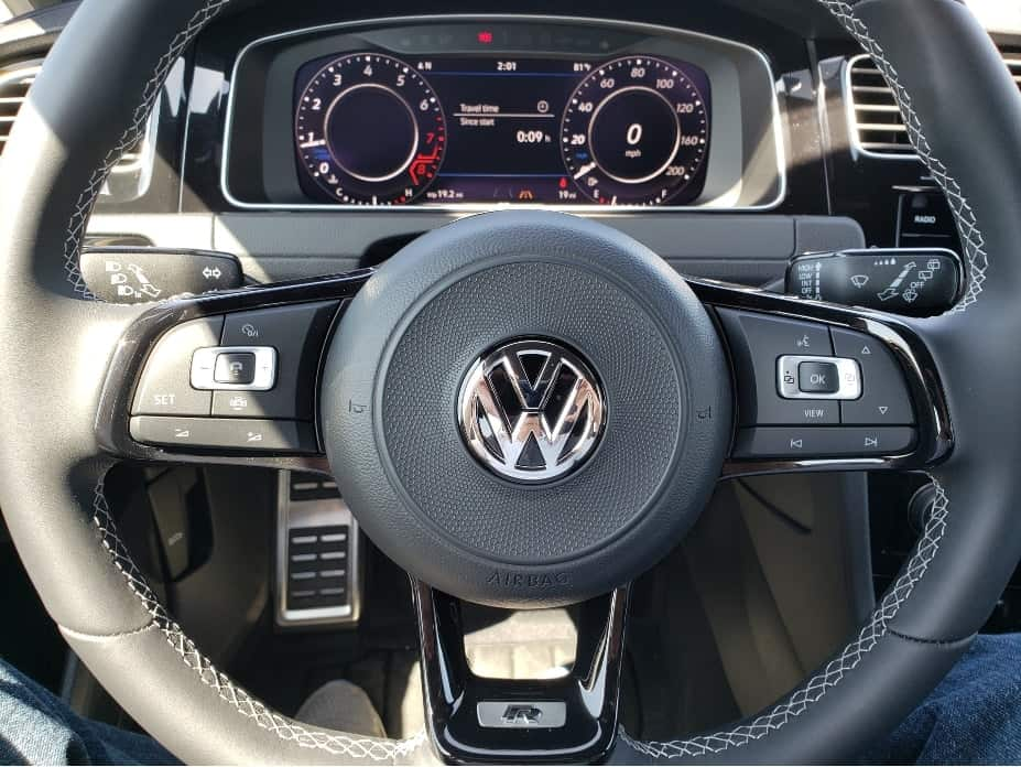 2019 VW Golf R steering wheel and instrument cluster