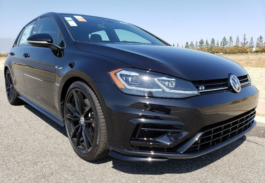 2019 Volkswagen Golf R – Subtle Badness, That You'll Totally LOVE!