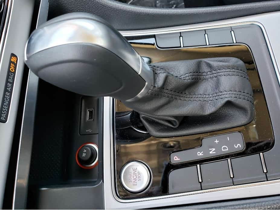 2019 VW Passat gear shifter