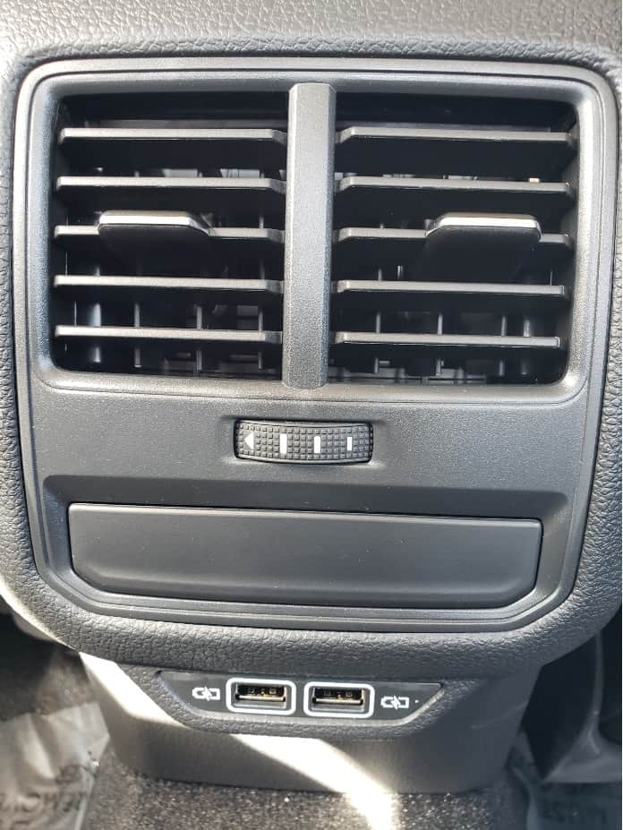 2019 Volkswagen Passat USB charging ports in the backseat