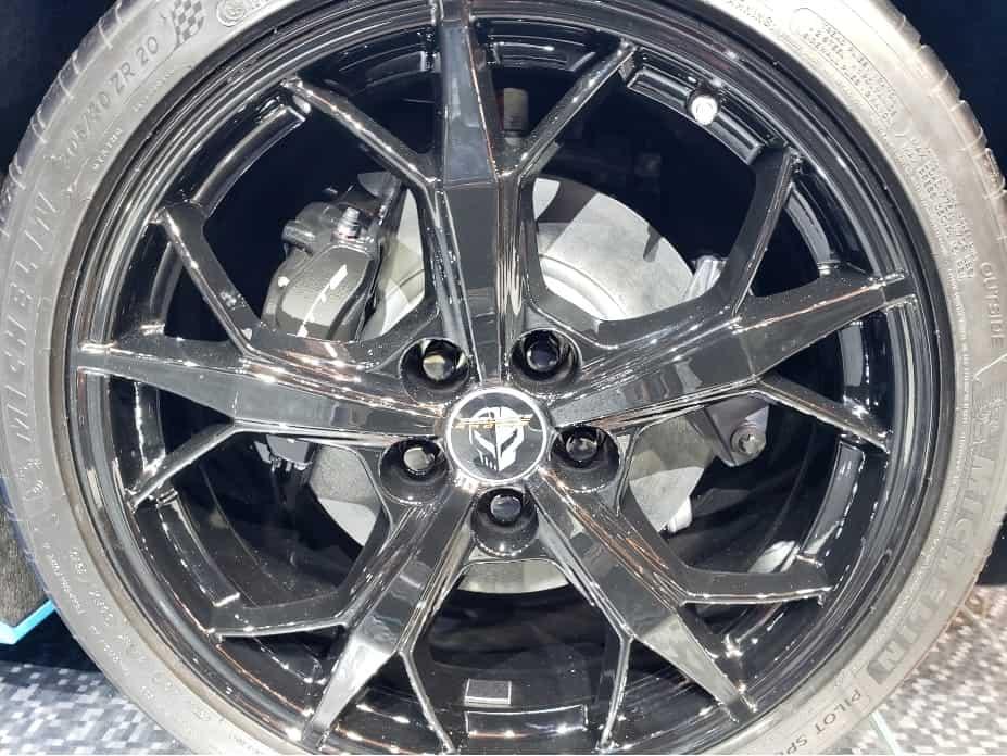 2020 Corvette wheel