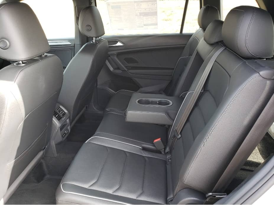 Spacious 2nd-row backseat
