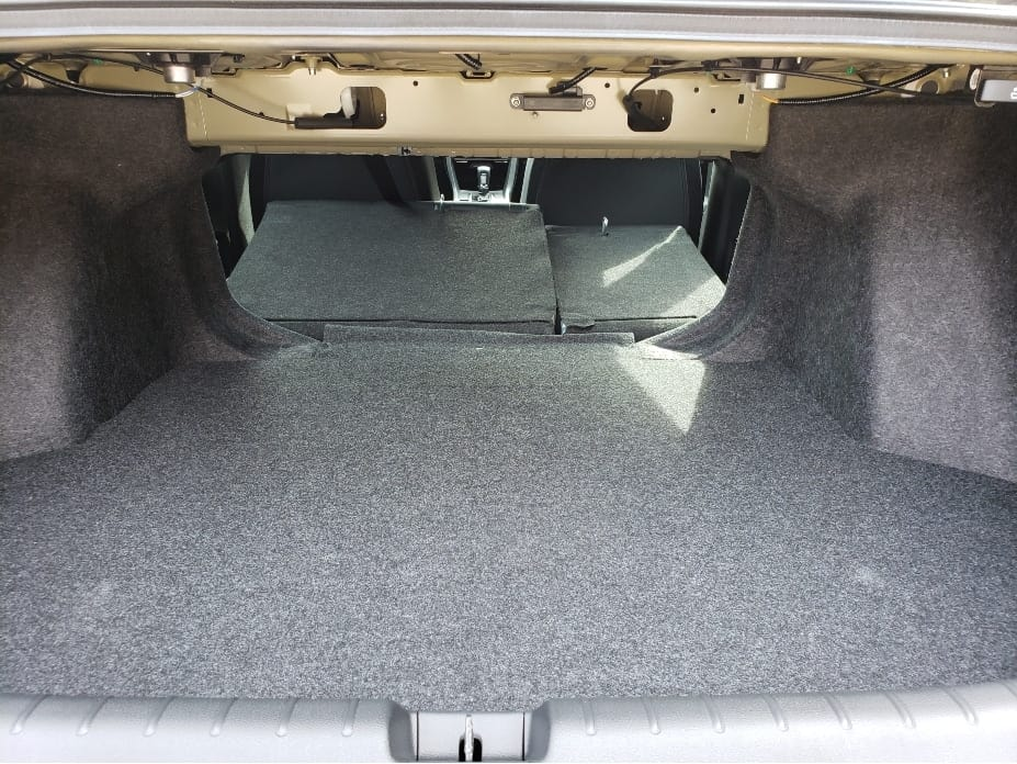 60/40 split folding backseat