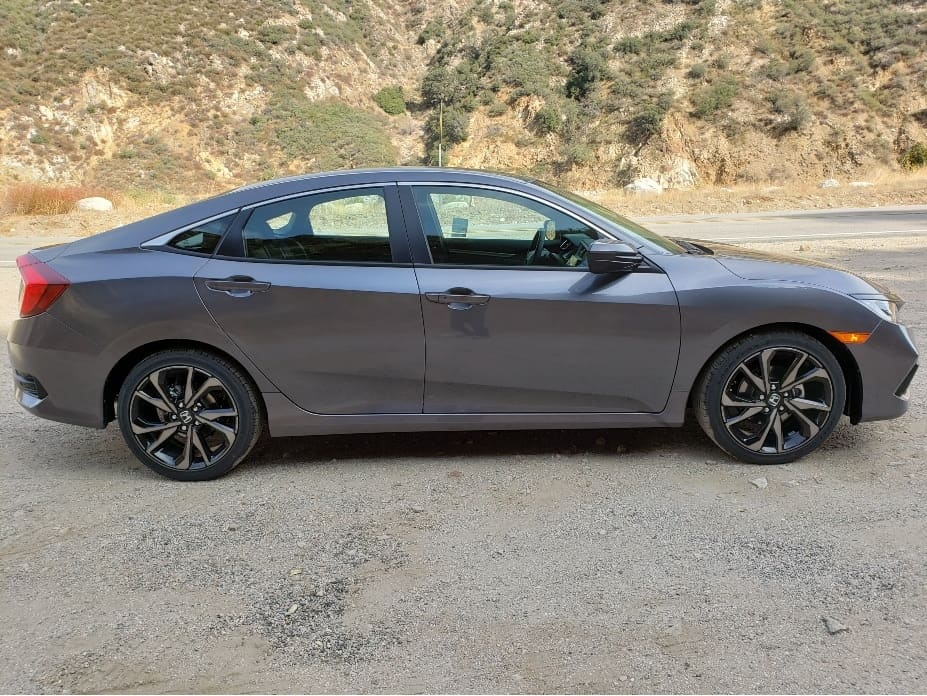 2020 Honda Civic sedan passenger profile