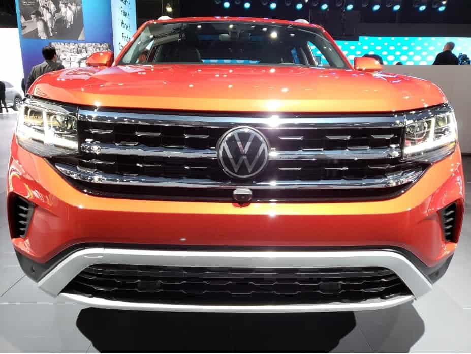 2020 VW Atlas Cross Sport front @ 2019 LA Auto Show