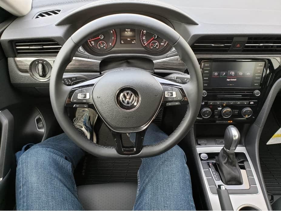 2020 Volkswagen Passat cockpit