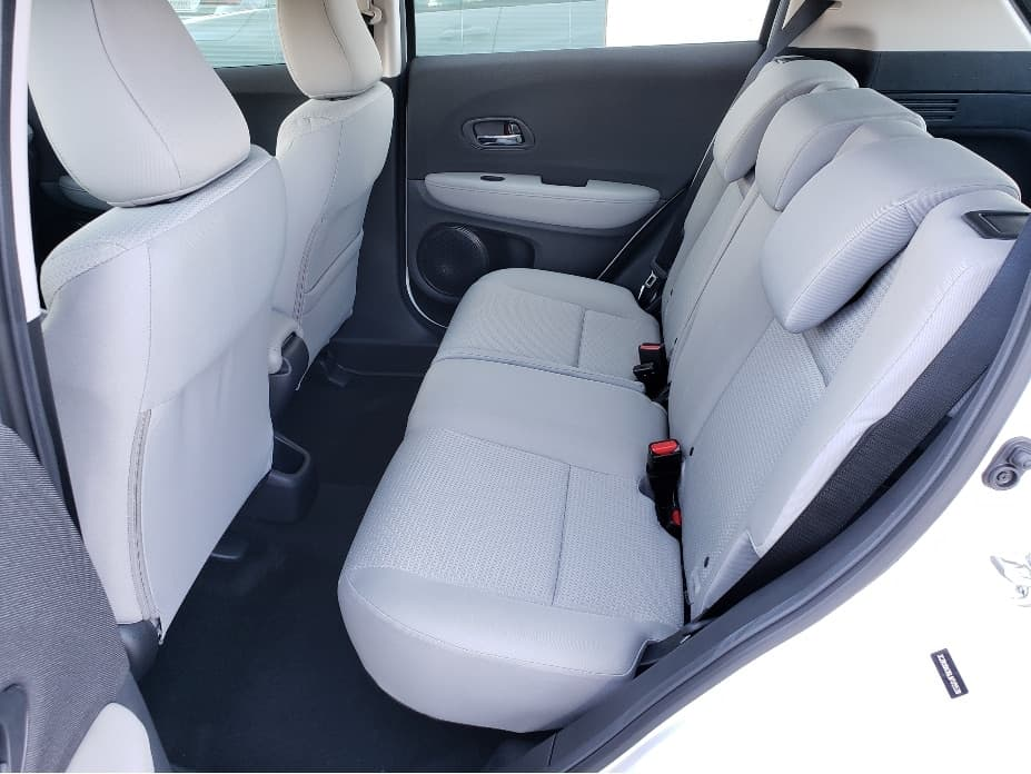 2020 Honda HR-V backseat