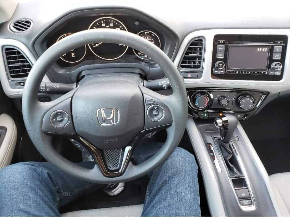 2020 Honda HR-V cockpit
