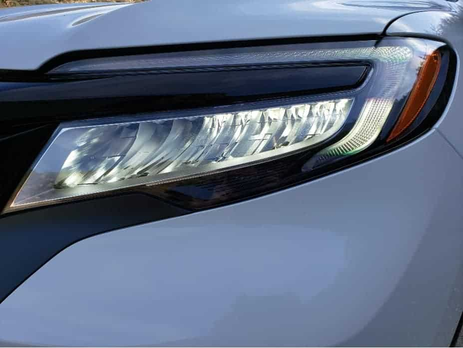 2020 Honda Passport driver headlight 2