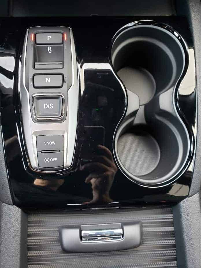 2020 Honda Passport shifter buttons
