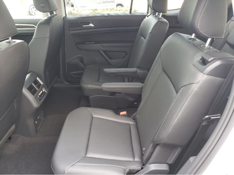 2020 Volkswagen Atlas 2nd row backseat