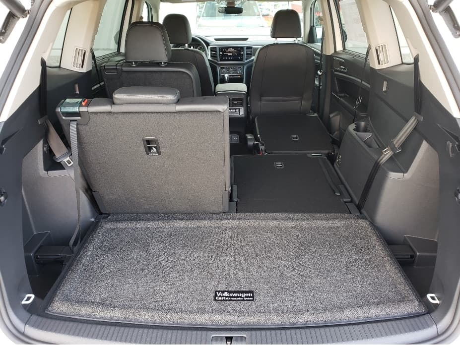 2020 Volkswagen Atlas cargo area with 2nd and 3rd rows partial down