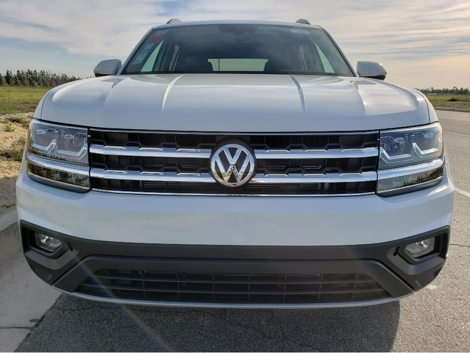 2020 VW Atlas front