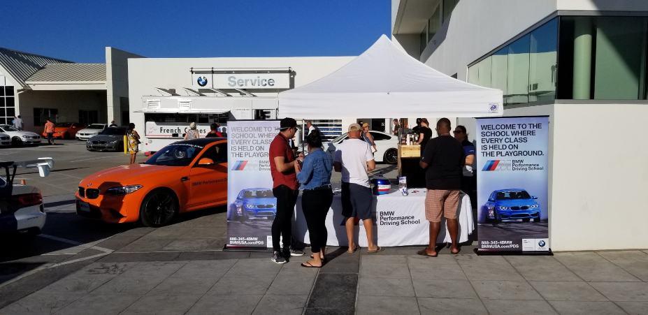 Cars Coffee BMW M School