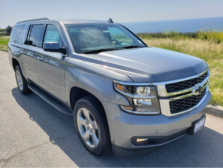 2020 Chevy Suburban passenger front