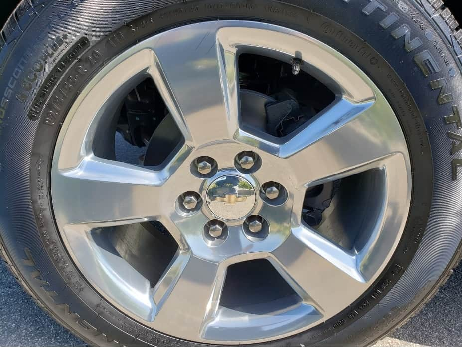 2020 Chevrolet Suburban wheel