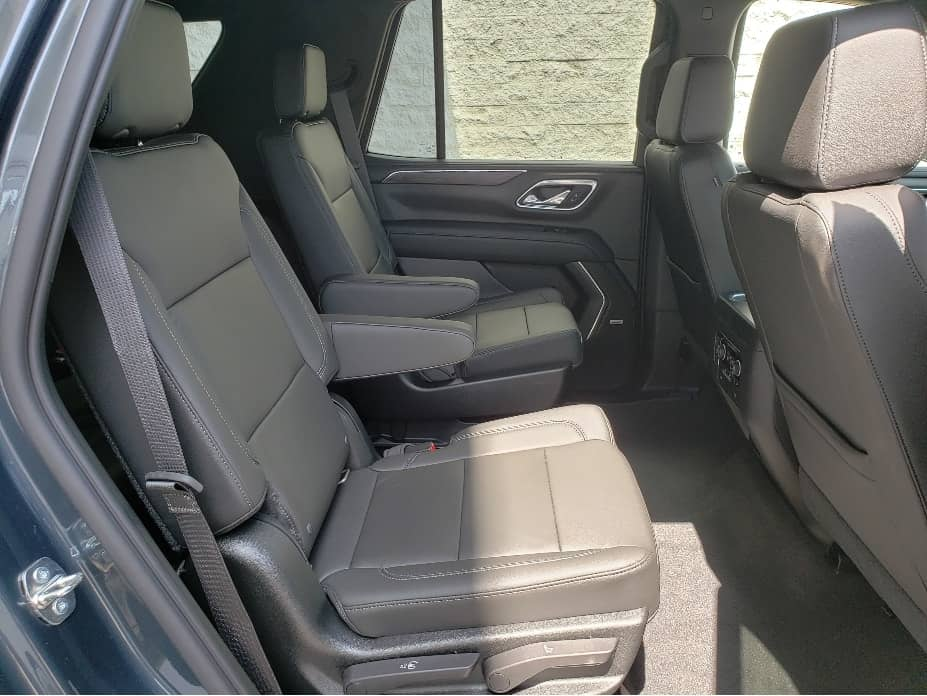 2021 Chevy Tahoe 2nd row captains seats