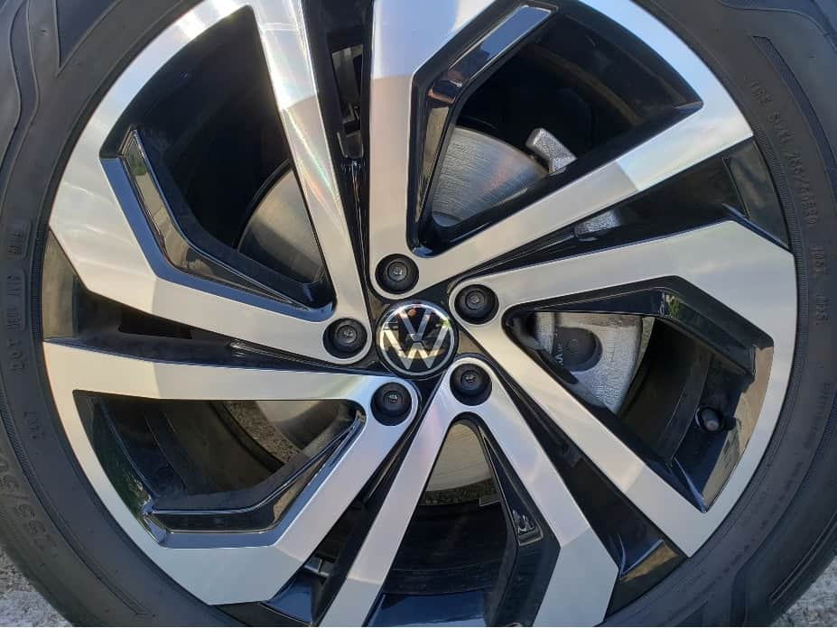 2021 VW Atlas wheel