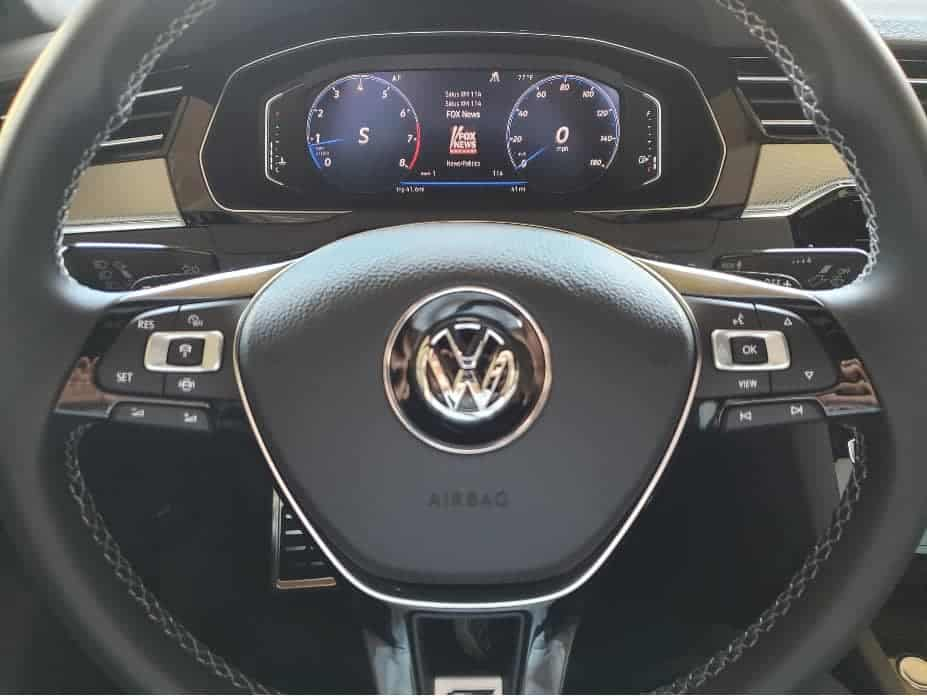 2020 VW Arteon Digital Cockpit In-dash monitor and steering wheel