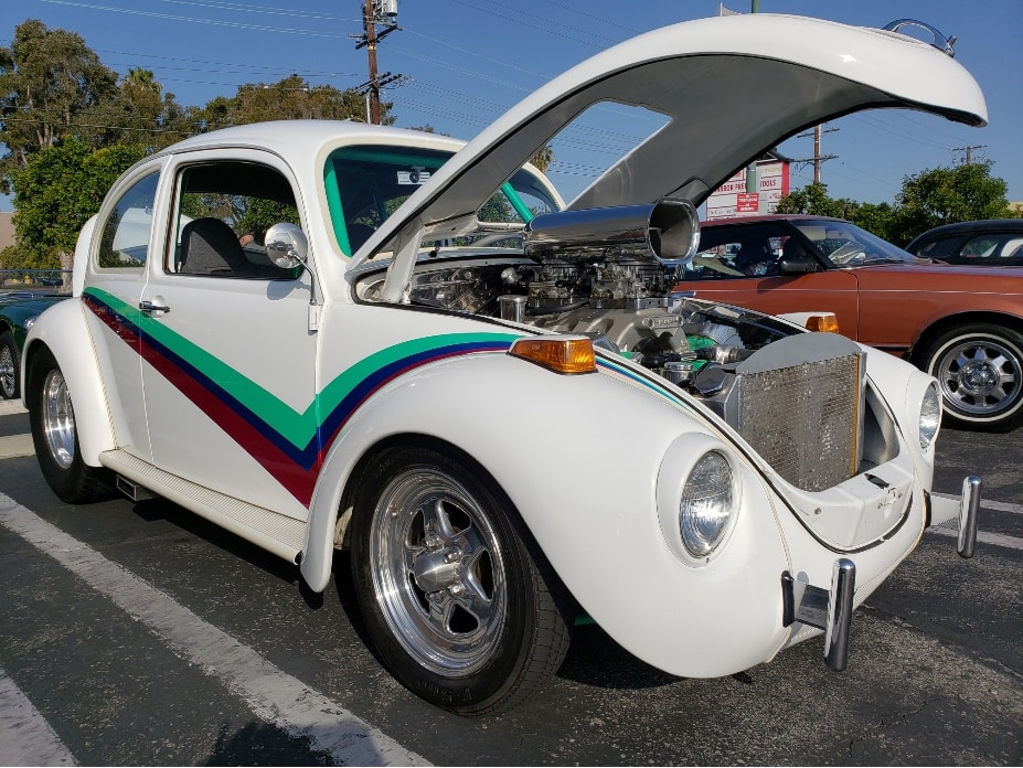 Caffeine Cruisers Torrance Cars And Coffee - white hot rod VW Beatle with Hemi